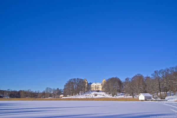 Isig promenad vid slottet